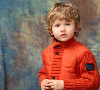 Пронзительный детский портрет. Детские фотосессии в Днепре. Детская студийная фотосъемка.