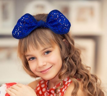 Яркий и милый детский портрет. Детские фотосессии в Днепре. Детская студийная фотосъемка.