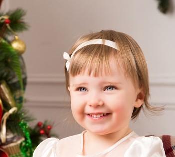 Красивый новогодний детский портрет. Детские фотосессии в Днепре. Детская студийная фотосъемка.