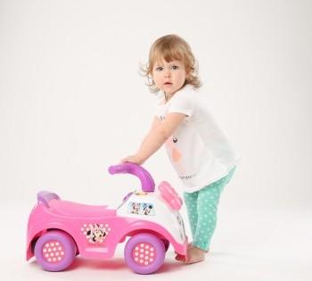 Фотосъёмка для рекламы магазина детских игрушек.