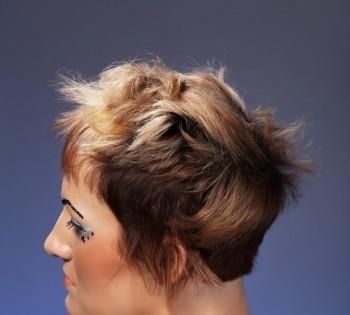 Фотосъемка креативной прически для журнала по парикмахерскому искусству