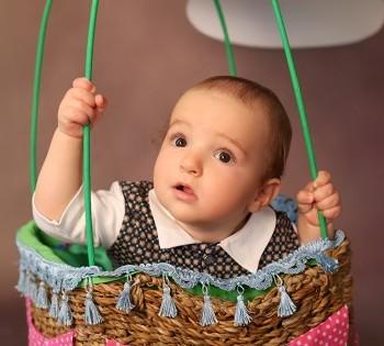 Креативная детская фотосессия. Фотосъемка первого года жизни ребенка. Фотограф Лариса Дубинская. Днепр