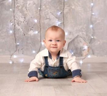 Праздничная фотография малыша. Фотосъемка первого года жизни ребенка. Фотограф Лариса Дубинская. Днепр