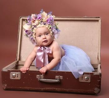 Красивый студийный портрет малышки. Фотосъемка первого года жизни ребенка. Фотограф Лариса Дубинская. Днепр