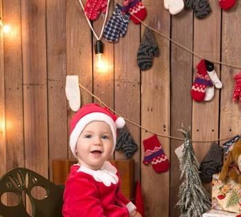 Новогодняя фотосессия милого малыша. Семейная фотосессия в новогодних декорациях. Днепр. Фотостудия Птичка.