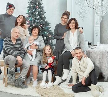 Фотосессия большой семьи. Три поколения.