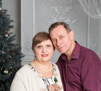 Душевная семейная фотография супругов. Семейная фотосессия.
