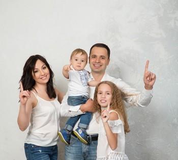 Семейная фотосессия для чудесной семьи.