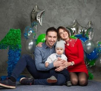 Семейная фотосессия на годик