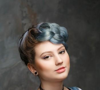 Стильный женский портрет. Фотосессия в студии. Студийная съемка в Днепре.