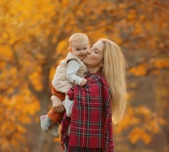 Фотосессия на природе. Мама с дочкой.